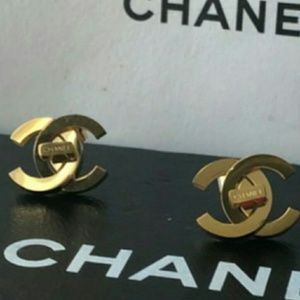 New Chanel stunning earrings 💜💛💛💛💜💜💜💜